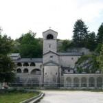 Экскурсия в три храма (Цетинье, Острог, Дайбабе)