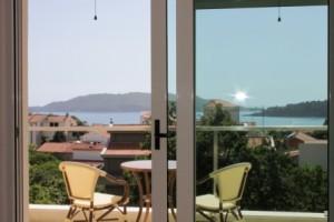Трехкомнатная квартира с видом на море, Бечичи, 300 метров от моря